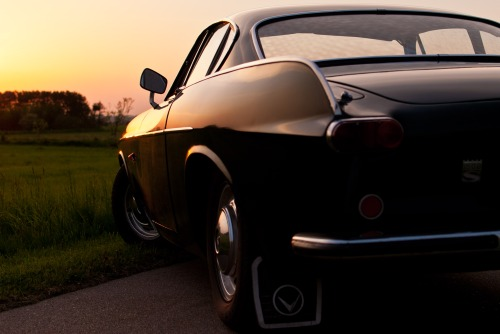 Sunset. Volvo P1800. Blue hour